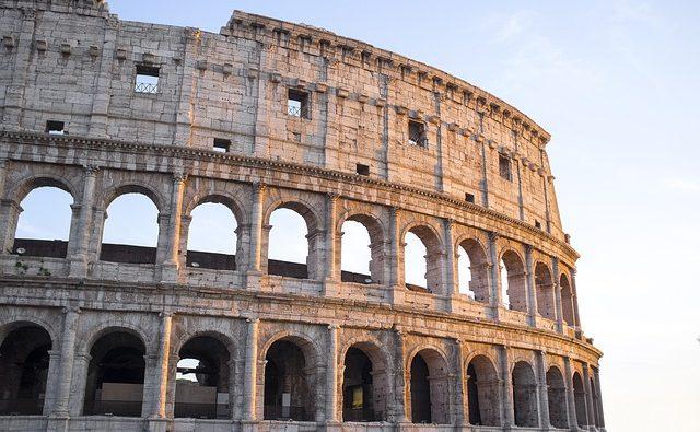 Laticlavio, la veste dei senatori romani: storia e curiosità