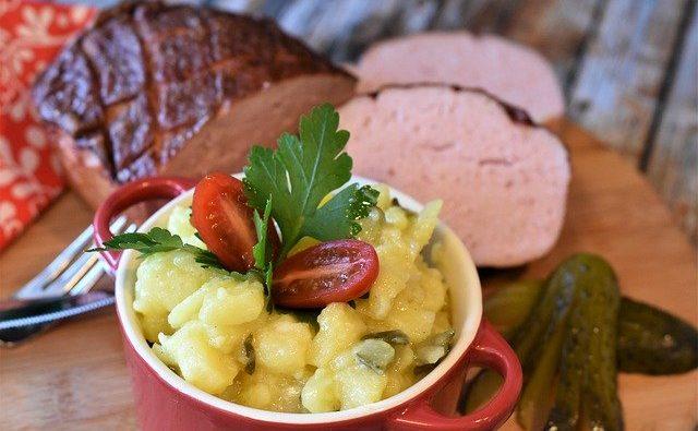 Pasta patate e pancetta: come si prepara?