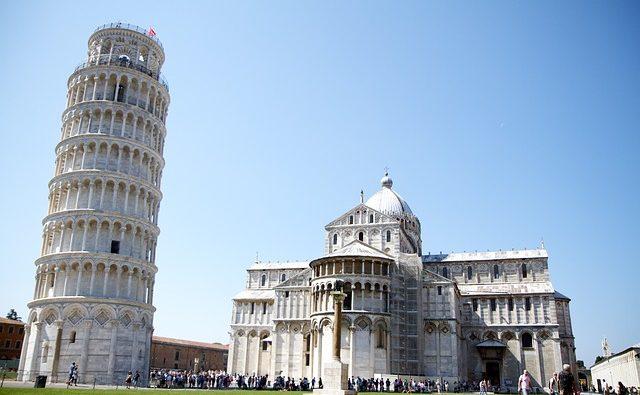 Perché la Torre di Pisa è storta? Storia e curiosità