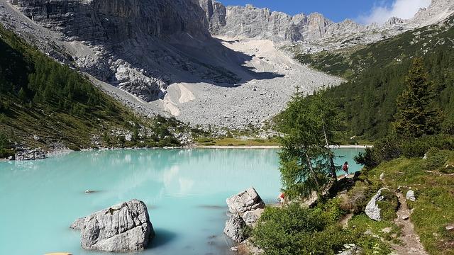 Lago di Sorapis: dove si trova, come arrivare e quando andare