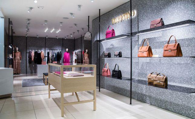Borse Valentino: ultime novità, shopping online, prezzi