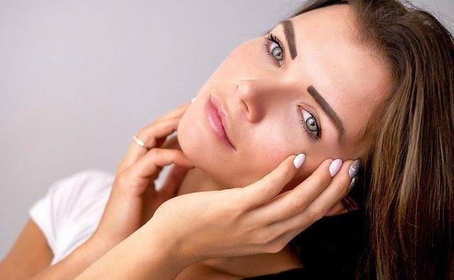 Come mantenere la pelle morbida e idratata: consigli e suggerimenti